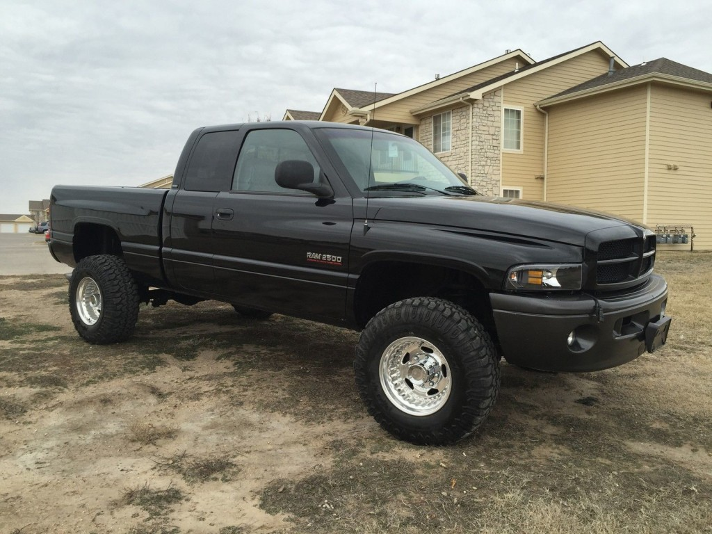 2001 dodge ram 2500 quad cab 4x4 diesel sport for sale. Black Bedroom Furniture Sets. Home Design Ideas