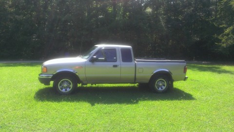 2001 Ford Ranger XL Extended Cab Pickup 4 Door 4.0L for sale