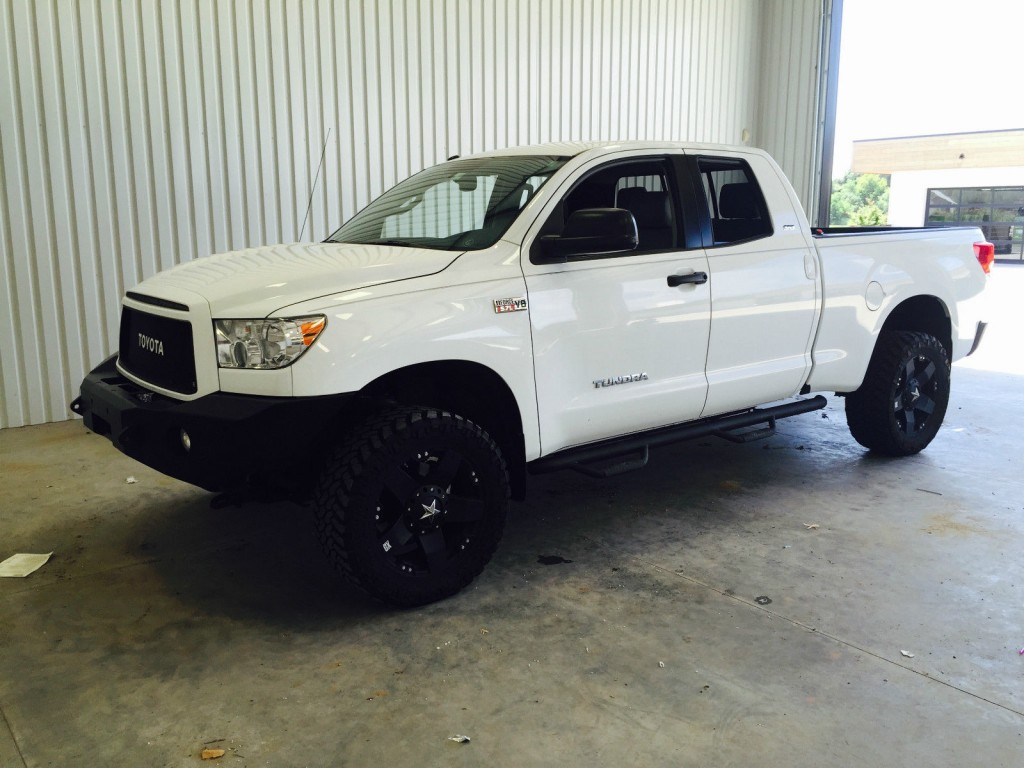 2012 toyota tundra double cab 4 4 5 7l lifted for sale. Black Bedroom Furniture Sets. Home Design Ideas