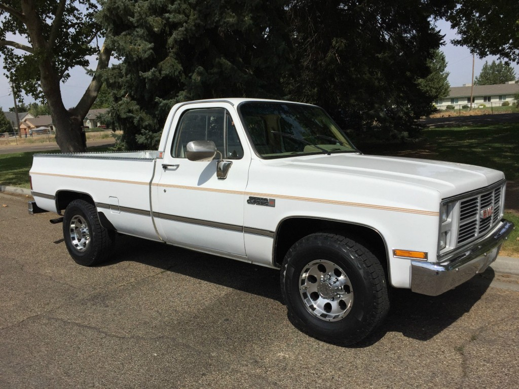 Gmc Camper For Sale >> 1985 GMC Sierra Classic 2500 Camper for sale
