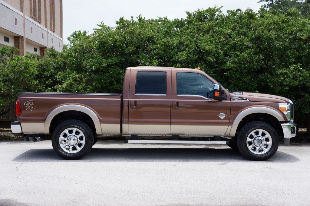 2011 Ford F 250 Unlimited Lariat, 4X4, Navigation, Roof
