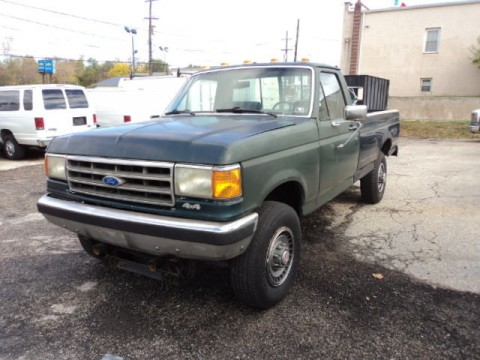 1989 Ford F 250 4×4 pickup for sale