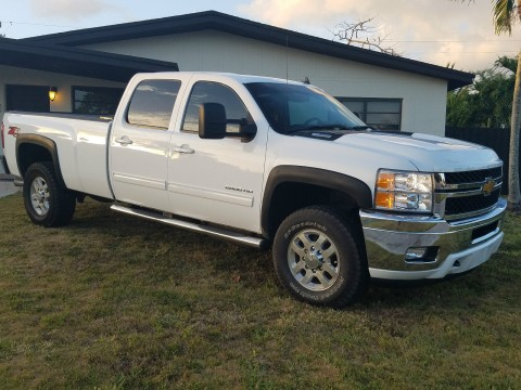 2014 Chevy Silverado 2500 HD Z71 4X4 for sale