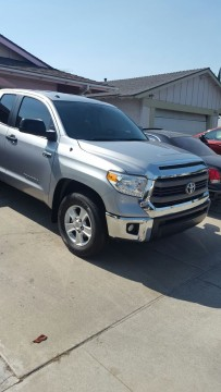 2015 Toyota Tundra SR5 Crew Cab Pickup 4 Door 5.7L for sale