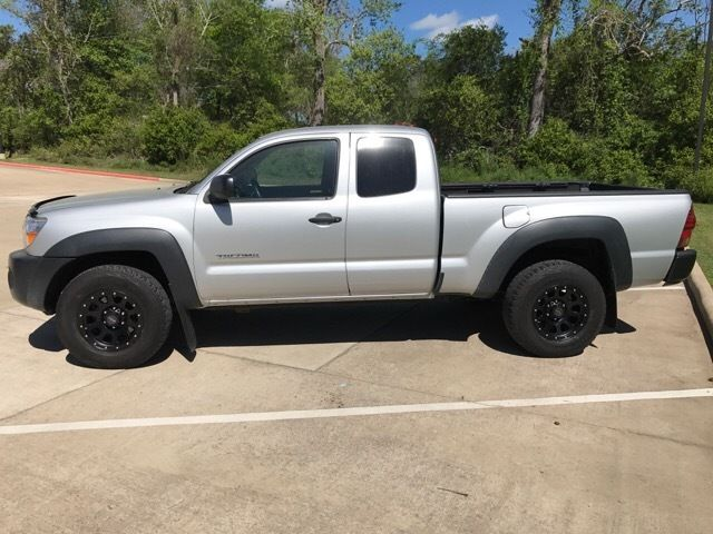 Nice clean 2007 Toyota Tacoma Base Extended Cab Pickup