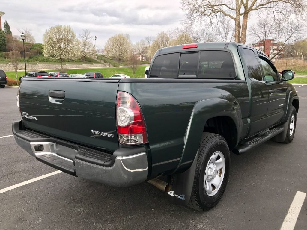Toyota Tacoma Trd Sport >> Super clean 2010 Toyota Tacoma SR5 pickup for sale