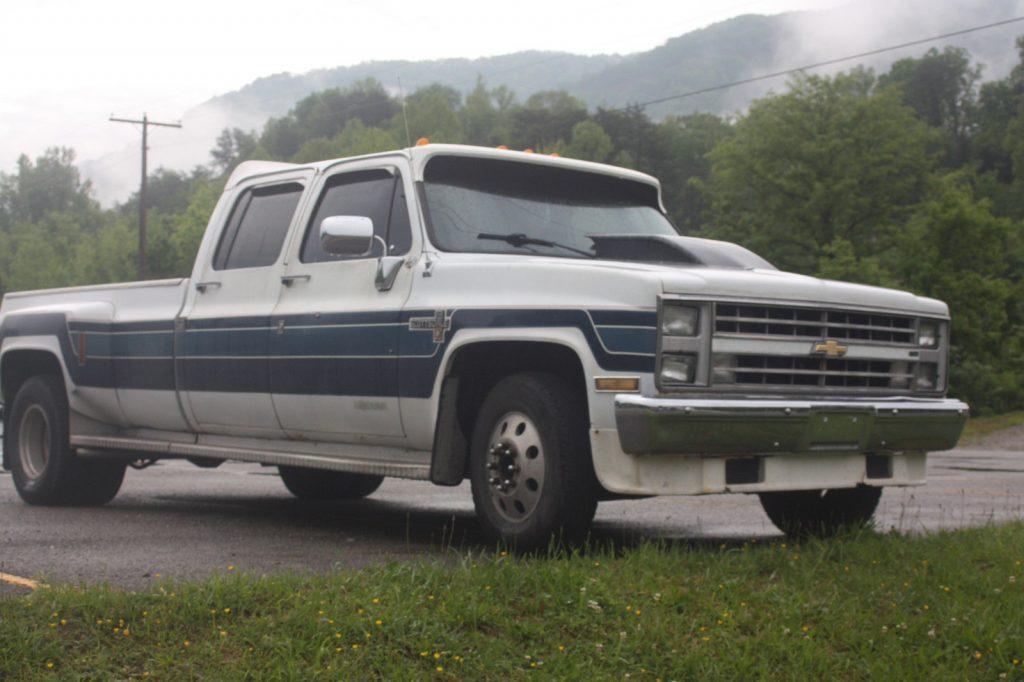 Big block power 1987 Chevrolet C/K Pickup 3500 Kodiak pickup