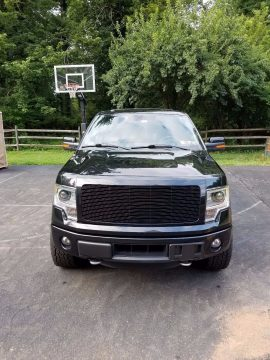 Great condition 2014 Ford F 150 Limited pickup for sale