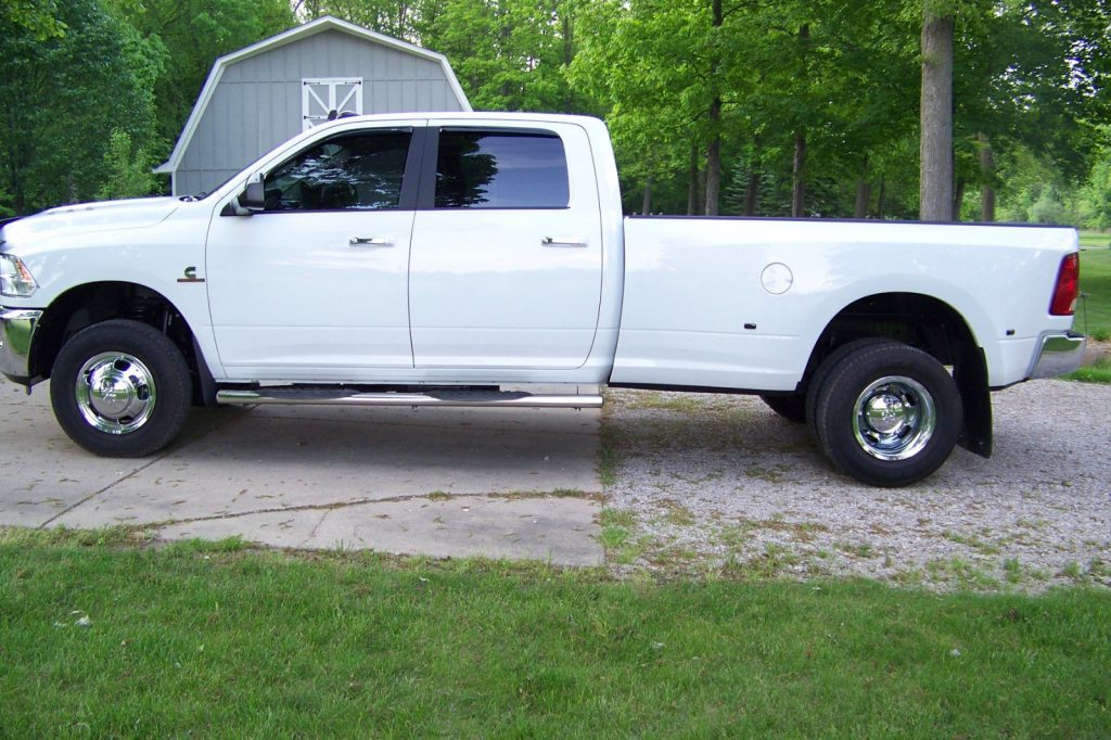 Some add-ons 2016 Dodge Ram 3500 Big Horn pickup
