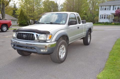 Some rust 2002 Toyota Tacoma pickup for sale