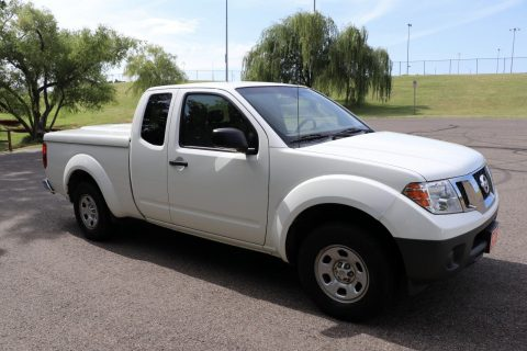 great condition 2013 Nissan Frontier pickup for sale