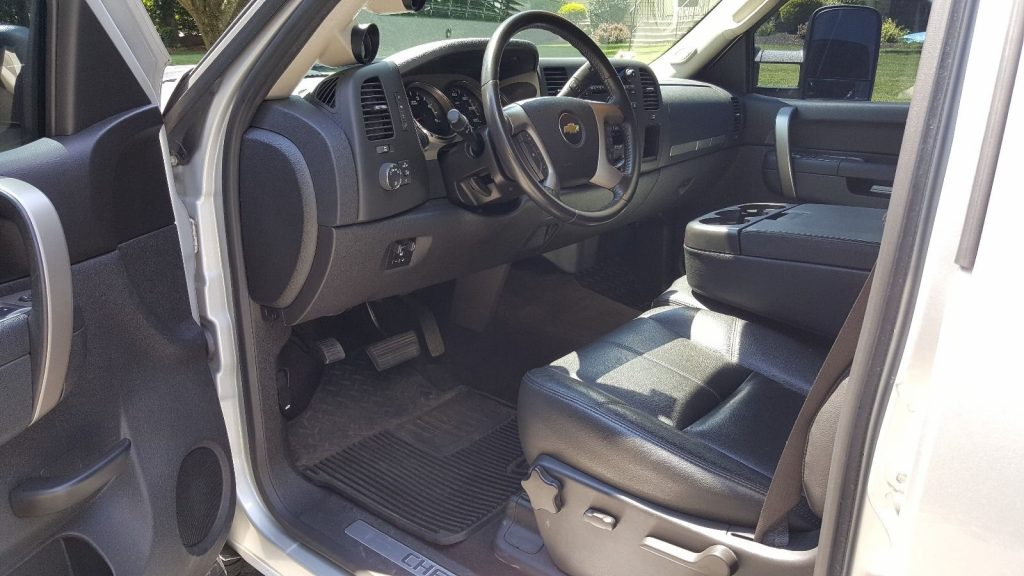 Well Serviced 2013 Chevrolet Silverado 2500 Pickup For Sale