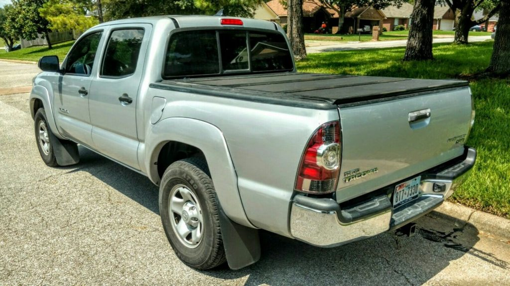 great shape 2012 Toyota Tacoma Prerunner pickup for sale
