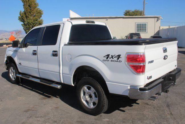 damaged 2010 Ford F 150 XLT Supercrew 4WD pickup