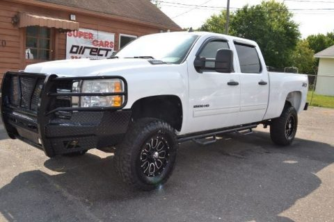 decent miles 2010 Chevrolet Silverado 2500 LT pickup for sale