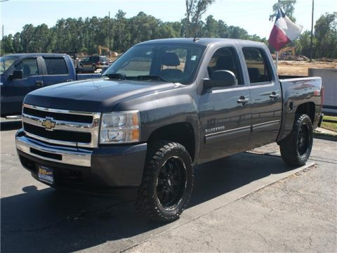 loaded 2010 Chevrolet Silverado 1500 LT pickup for sale