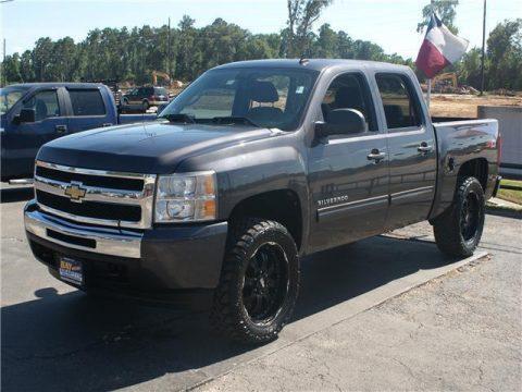 loaded 2010 Chevrolet Silverado 1500 LT pickup for sale