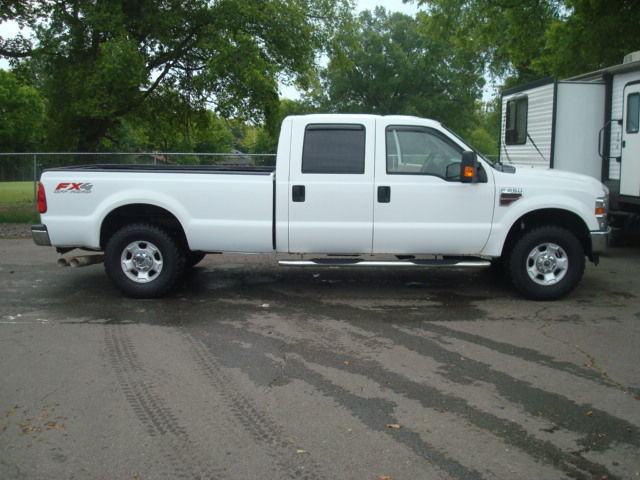reliable 2010 Ford F 250 XLT pickup