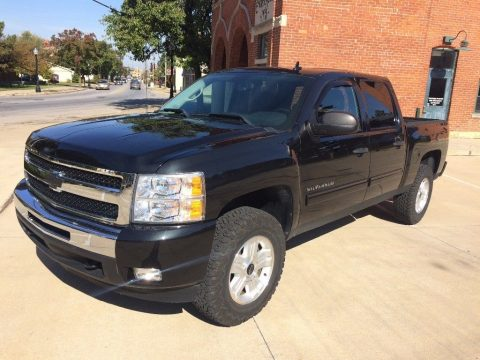 repaired after collision 2010 Chevrolet Silverado 1500 LT Z71 pickup for sale
