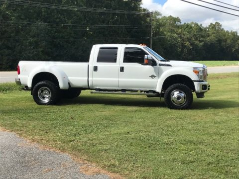 super clean 2011 Ford F 450 pickup for sale