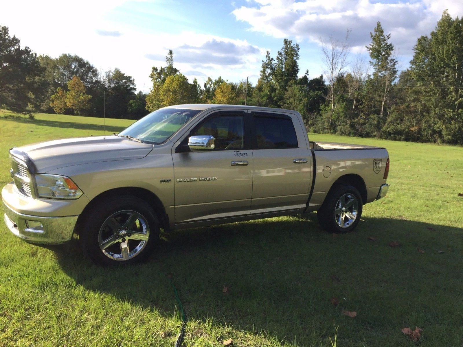 well maintained 2011 dodge ram 1500 pickup for sale. Black Bedroom Furniture Sets. Home Design Ideas