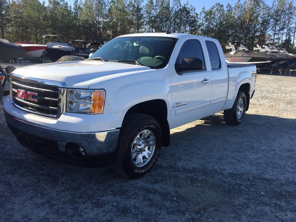 low miles 2008 GMC Sierra 1500 SLE pickup