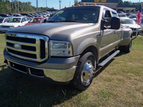 dually 2007 Ford F 350 XLT pickup for sale