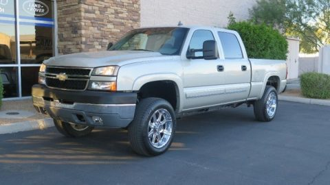 loaded 2007 Chevrolet Silverado 2500 4WD pickup for sale