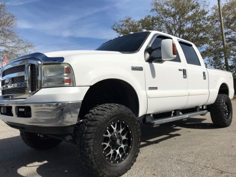 lifted 2005 Ford F 250 Lifted Lariat pickup for sale