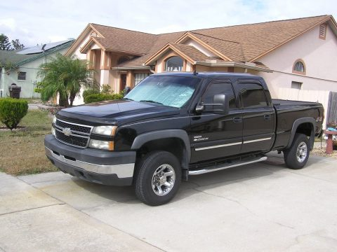 low miles 2006 Chevrolet Silverado 2500 lt pickup for sale