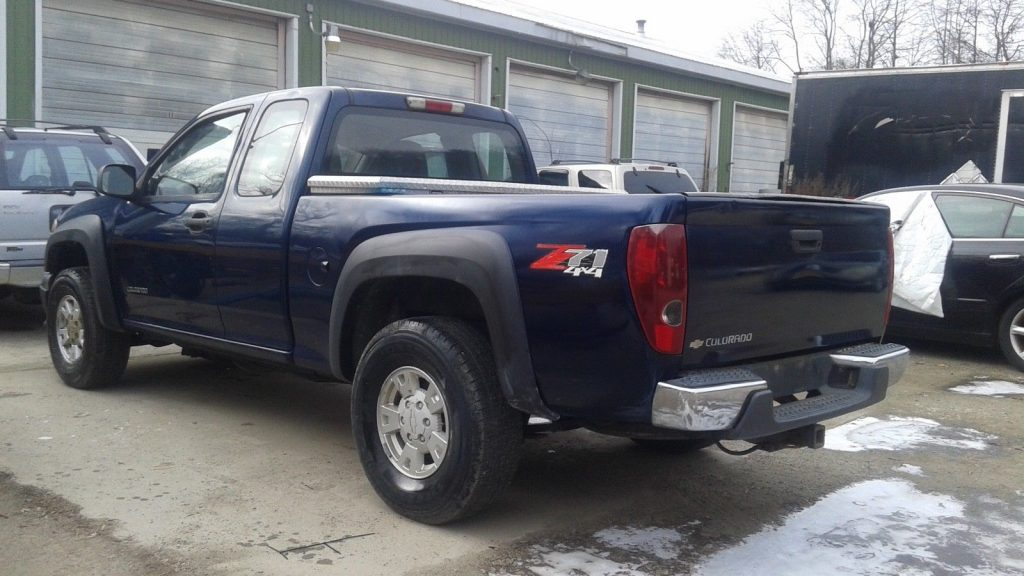no issues 2004 Chevrolet Colorado Z71 pickup