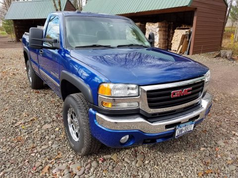 well maintained 2004 GMC Sierra 2500 SLE pickup for sale