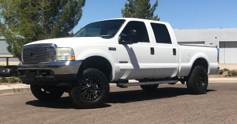 lifted 2003 Ford F 250 XLT pickup for sale