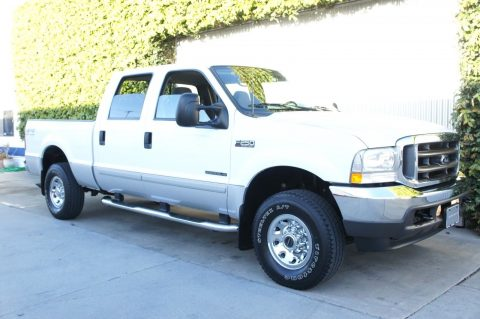 almost unused 2002 Ford F 250 XLT pickup for sale