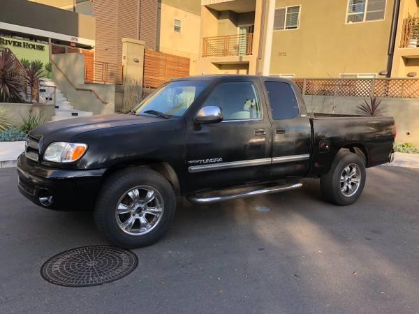 fully loaded 2002 Toyota Tundra SR5 pickup