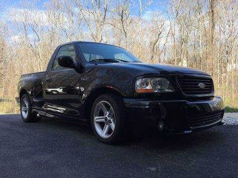 custom 2003 Ford Lightning SVT F150 pickup for sale
