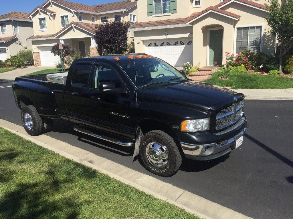 loaded and low miles 2003 Dodge Ram 3500 Laramie pickup