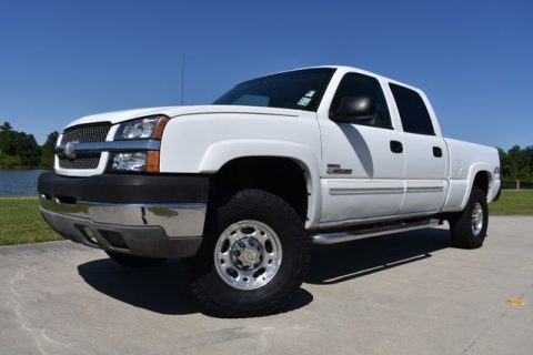 very clean 2004 Chevrolet Silverado 2500 pickup for sale