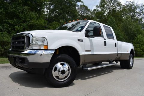 well equipped 2004 Ford F 350 Lariat pickup for sale