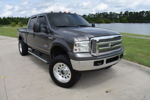 great shape 2005 Ford F 250 Lariat pickup for sale