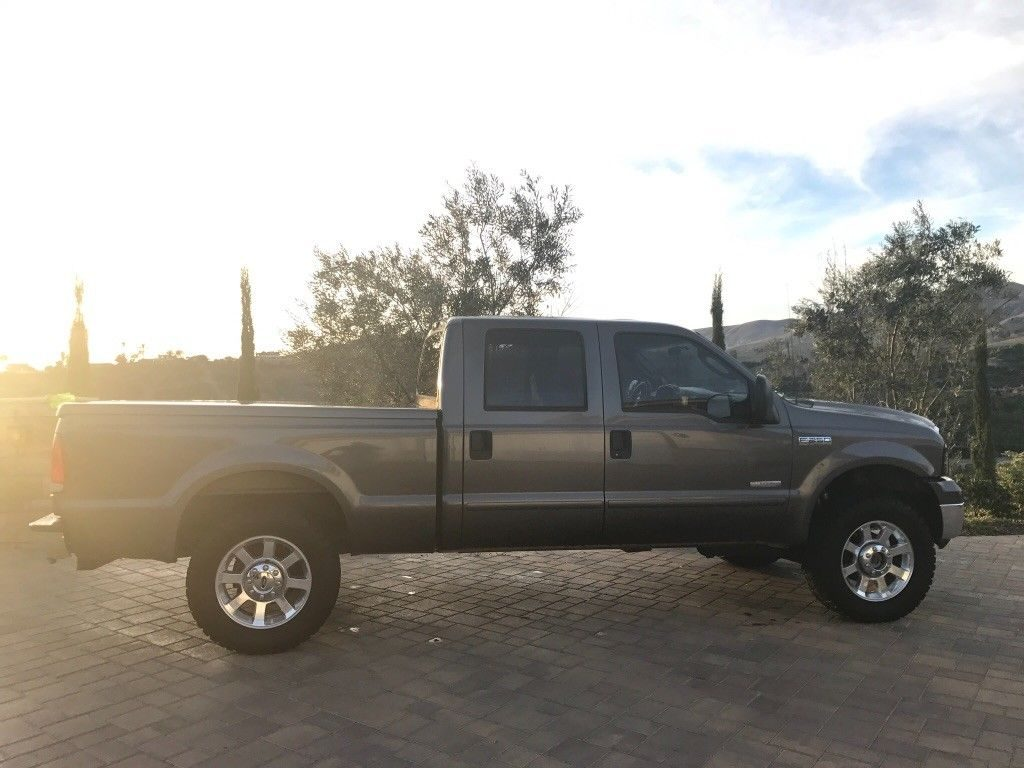 modified 2005 Ford F 250 pickup