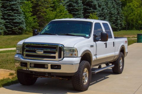 new parts 2005 Ford F 250 4WD Lariat pickup for sale