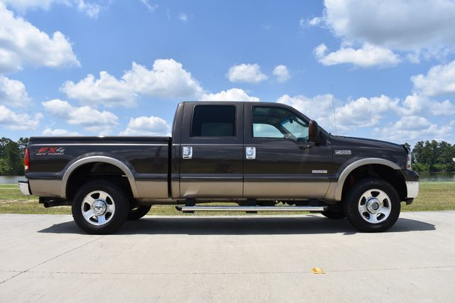 very nice 2005 Ford F 250 Lariat pickup