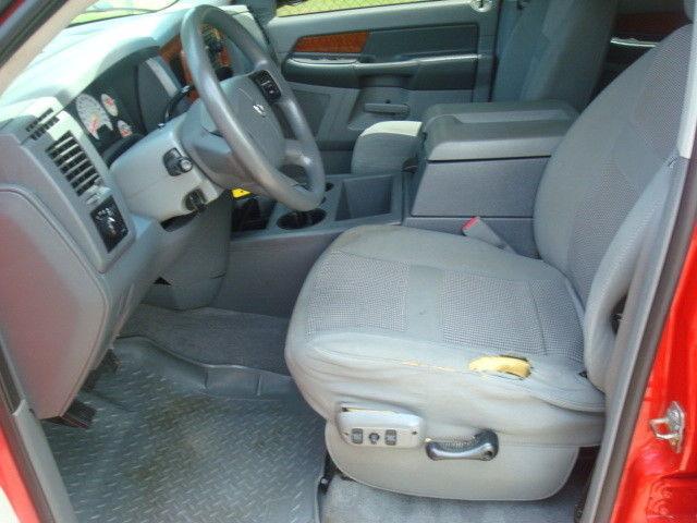 well equipped 2006 Dodge Ram 2500 SLT pickup