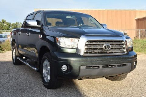 clean 2007 Toyota Tundra Limited Crewmax pickup for sale
