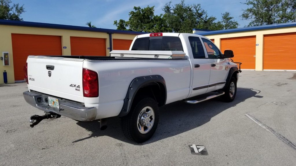 loaded 2007 Dodge Ram 3500 4X4 pickup