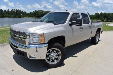 very clean 2007 Chevrolet Silverado 1500 LT pickup for sale