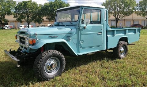 clean 1984 Toyota Land Cruiser FJ45 PICK UP for sale