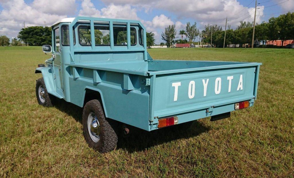 clean 1984 Toyota Land Cruiser FJ45 PICK UP