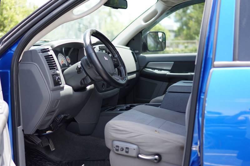 lifted 2008 Dodge Ram 2500 SLT pickup